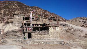 Der ACTR führt durch traditionelle Orte der vorrangig tibetischen Einwohner