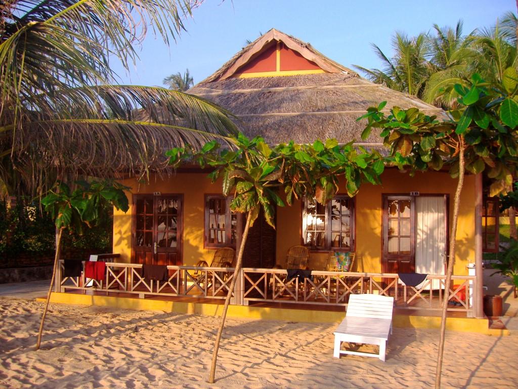 Krönender Abschluss der Reise: der Traumstrand von Phu Quoc mit gemütlichen Bungalows