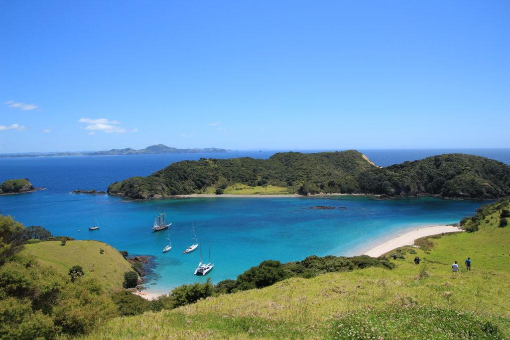 """Die """"Bay of Islands"""" entdecken Sie auf unserer Reise """"KIA ORA – Neuseeländische Abenteuer"""""""