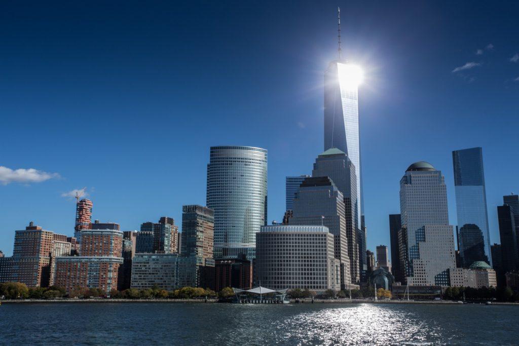"""Die Skyline Manhattans aus ungewöhnlicher Perspektive erleben: per """"Manhattan Cruise""""-Bootstour"""