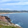 die kontrastreiche Küste prägen die Algarve