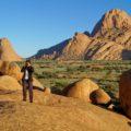 In Namibia gehen wir wandern. Hier an der Spitzkoppe haben wir viel Zeit eingeplant