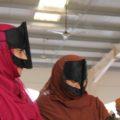 Die traditionelle Kleidung gibt Aufschluss über die Stammeszugehörigkeit der Omanis