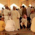 Buntes Treiben auf dem Markt im Oman