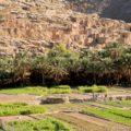 Malerische Bergdörfer und Feldbau für Rosenwasser