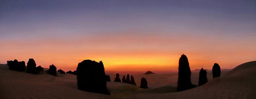 Sonnenuntergangsromantik in der Sahara