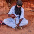 Traditionelle Tuareg-Teezubereitung